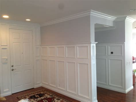 Wainscotting Panels by Recessed Panel Wainscoting In An Entry Way With 6 Quot Crown
