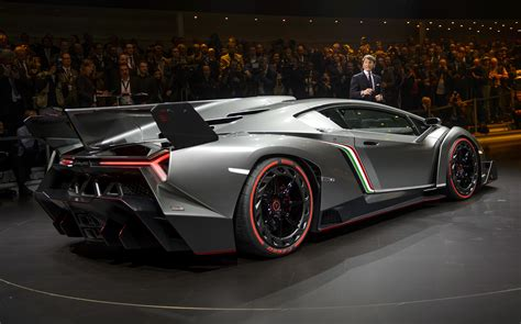 lambo truck 2013 photos lamborghini s new 3 9 million veneno supercar
