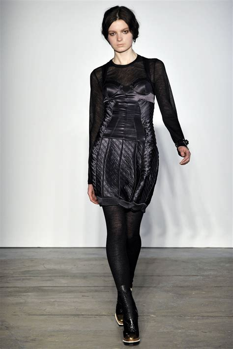Get The Proenza Schouler Fall 2009 Look With Connection by Proenza Schouler Fall Winter 2009 2010 Ready To Wear