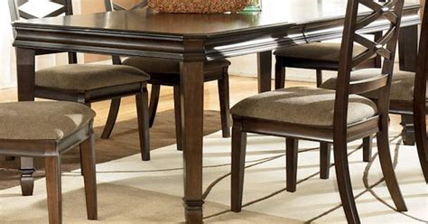 hayley dining room set hayley dining room table bernie and phyls diningroom