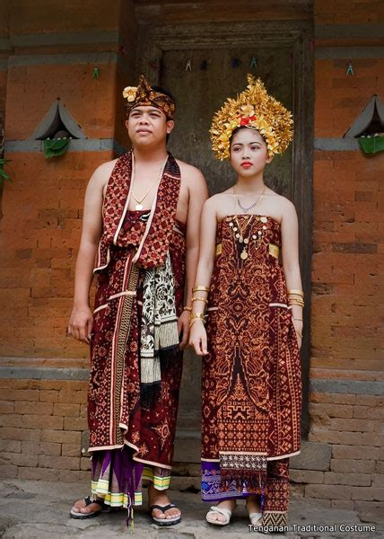 Clothing Busana R S T R busana tradisional traditional indigenous dress is the