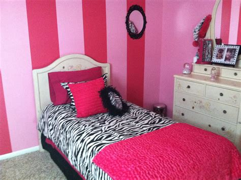 girls zebra bedroom pink and zebra girls bedroom older girl bedroom