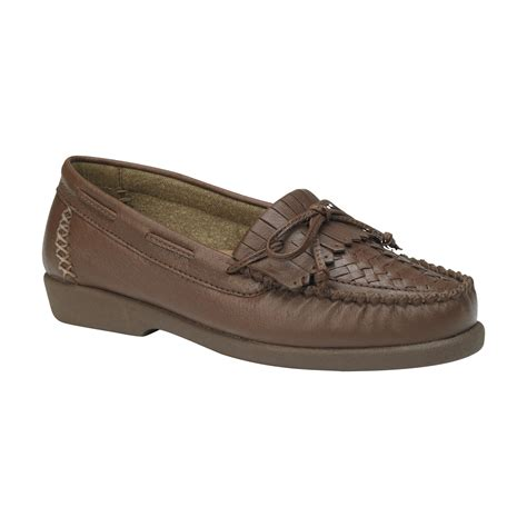 wide comfort shoes women s wide casual comfort shoe locate wide shoes at kmart
