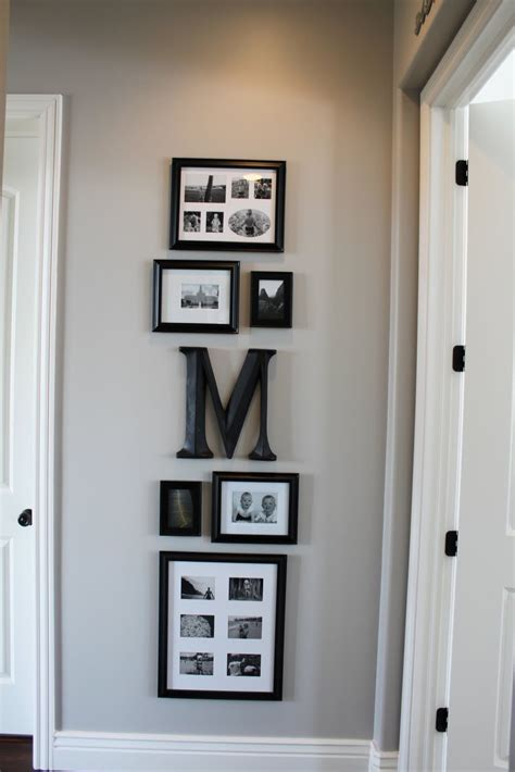 hanging pictures great     hallway