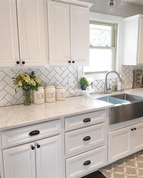 22 small kitchens with white 22 design ideas for white kitchens ideacoration co