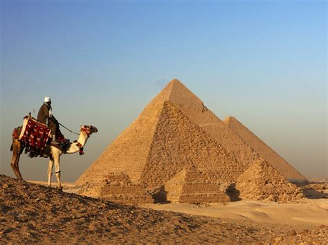 interno piramidi tour piramidi giza menfi e saqqara