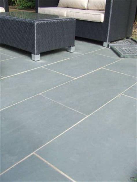 Grouting Patio Slabs by Grey Blue Brazil Slate Paving Patio Garden Slab Tiles