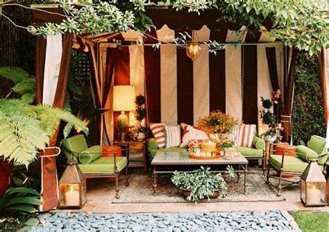 Cabana For Backyard by Cool And Breezy Backyard Cabanas Homejelly