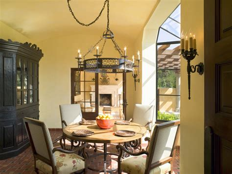 Yellow Dining Room Ideas | yellow traditional dining room dining room decorating