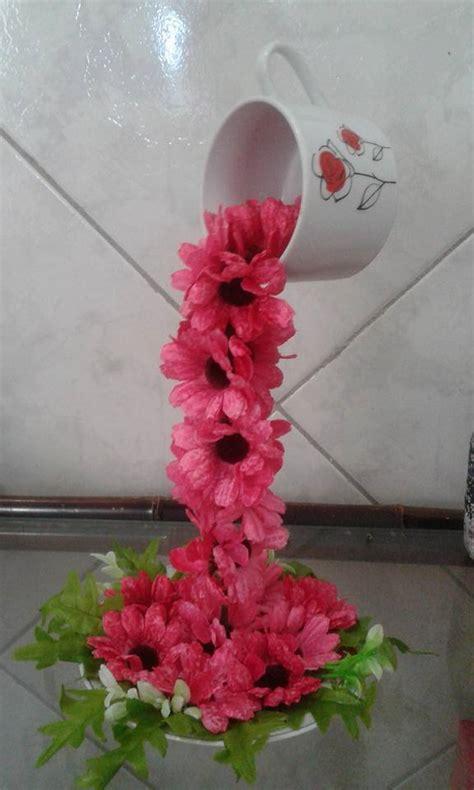 como decorar xicara de porcelana xicara cascata de flores x 205 caras decoradas cascatas