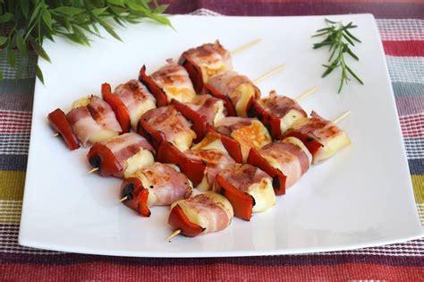 cucinare la pancetta 187 spiedini di scamorza e pancetta ricetta spiedini di