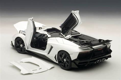Model Car Lamborghini Aventador Lamborghini Aventador J 1 18 Scale Model Autoevolution