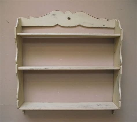 id2762 painted wooden shelf
