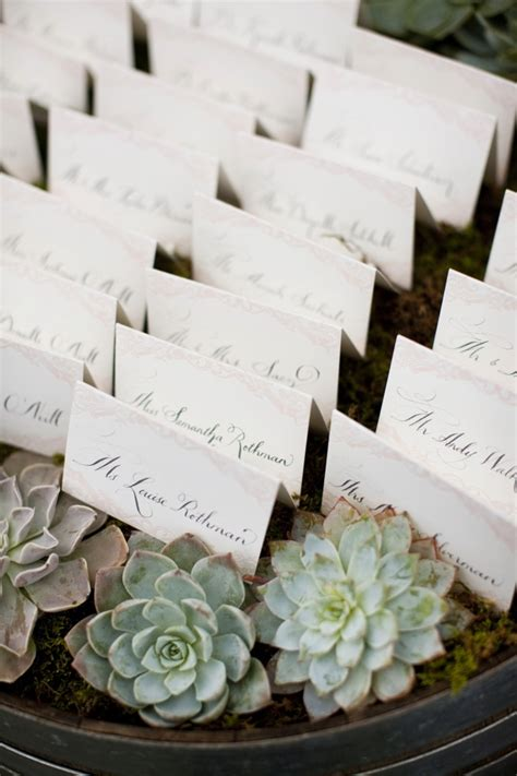 wedding seating cards ideas ideas for presenting reception seating cards ways to