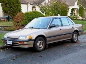 parked cars vancouver 1990 honda civic lx