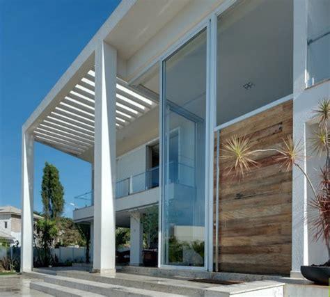 desain depan rumah kaca rumah minimalis desain banyak kaca