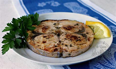 cucinare pesce spada alla piastra pesce spada alla piastra cottura facile e veloce in