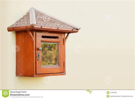 cassetta lettere legno cassetta delle lettere di legno immagine stock libera da