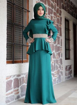 Dress Muslimah Zia Set peplum detail set evening dress emerald zehrace muslimah fashion style niqab