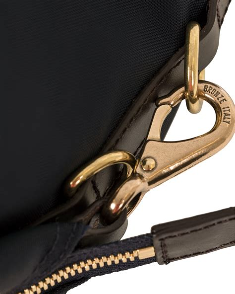Les Catino Promesa Satchel M Navy 1 mismo m s utility duffle bag navy brown hos careofcar