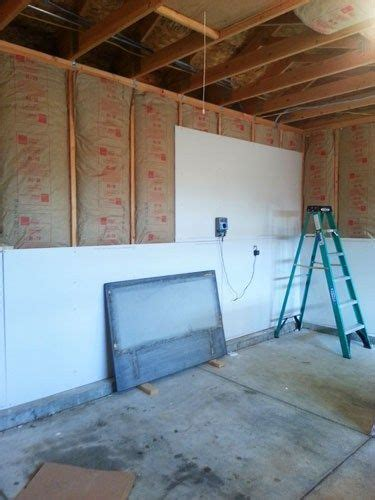 How To Insulate A Garage Wall by Best 25 Garage Walls Ideas On
