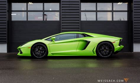 themes for windows 7 lamborghini aventador 2017 lamborghini aventador lp 700 4 theme for windows 7