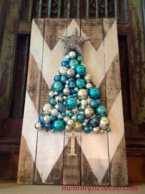 hometalk     chevron pallet ornament christmas