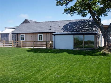 Luxury Pet Friendly Cottages Wales by Y Cartws Newport Pembrokeshire Moylgrove Trewyddel