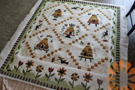 n quilt beehive quilt custom machine quilting by