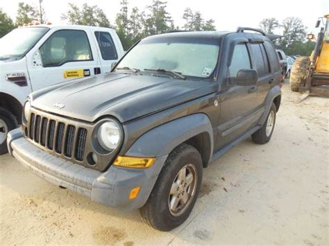 2005 Jeep Liberty Parts Used 2005 Jeep Liberty Front Part 93330