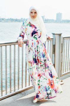 Dress Muslim Anum annah hariri offers high end and designer islamic clothing shop for maxi dresses maxi
