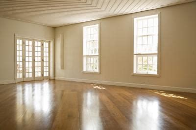 colors contrast  light oak floors home guides