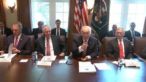 trump s first cabinet meeting in first full cabinet meeting cabinet members praise pres