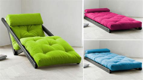 Futon Rollmatratze these ain t your college roommates futons homejelly