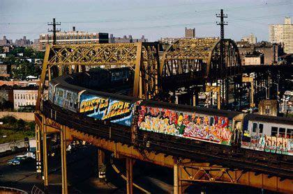 graffiti art    york trains  york