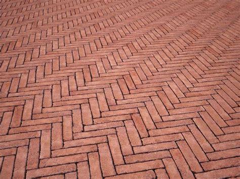 pavimento autobloccante per esterno prezzi pavimenti autobloccanti per esterno pavimento per esterni