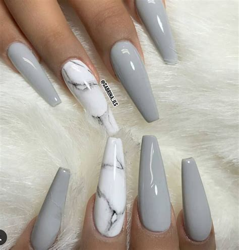 Kaos 3d Square Grey Cat F Grey this cloudy grey set is everything follow hair nails