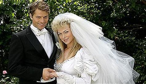 hochzeit zu dritt does any1 if misha is married if so whats name