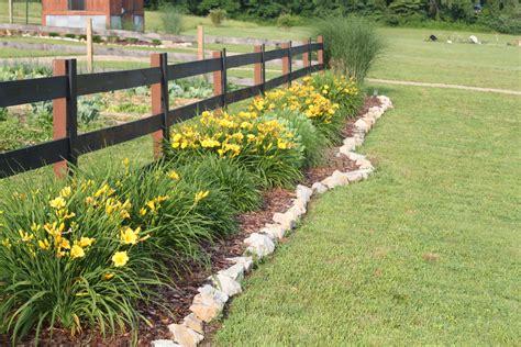 The Garden Re Design Fences Walkways Growing Rows Post Landscaping