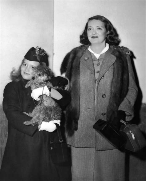 betty davis children remarkably retro bette davis with daughter barbara 1955