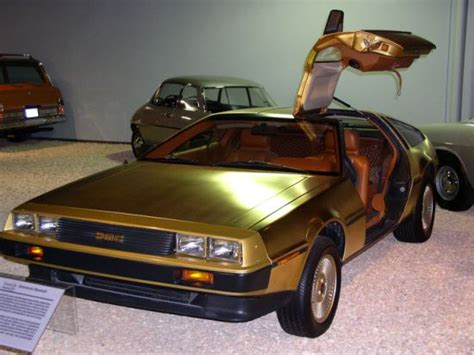 Gold Plated Cars For Sale by 10 Luxurious Gold Plated Cars Weirdlyodd