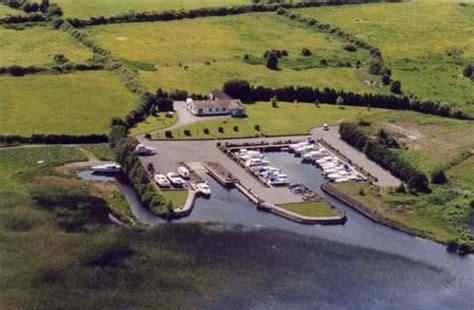 boat trailer hire ireland lough ree cruisers cruiser hire on the river shannon ireland