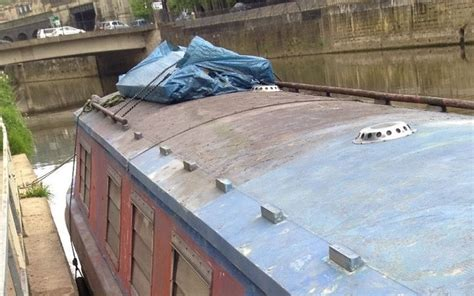 ebay boats for sale uk there s a very obvious problem with this canal boat for