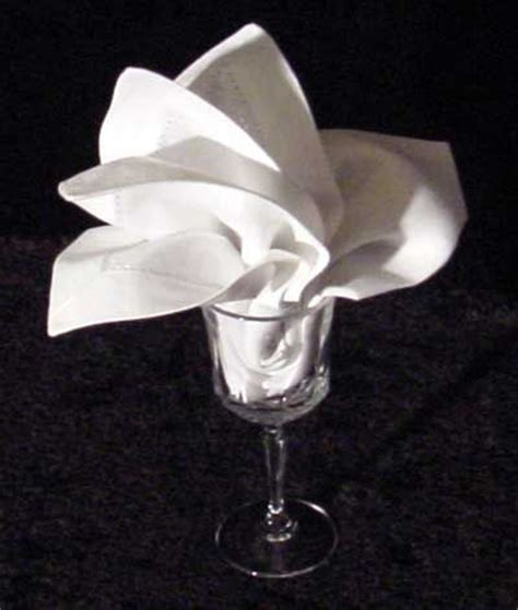 Folding Paper Napkins In Glasses - 172 best 643 napkin folding images on recipes