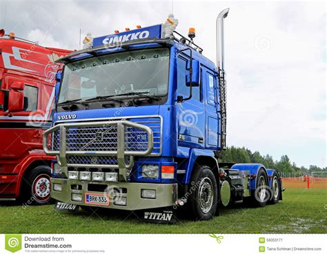 2015 volvo tractor blue volvo truck tractor f16 at riverside truck meeting