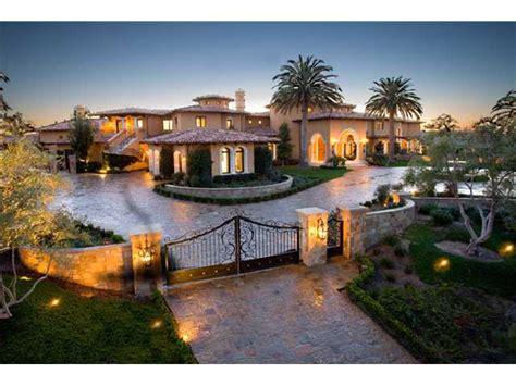 Luxury Spa Steam Shower by Casa Piena 20 Million Dollar Californian Mansion Up For Sale