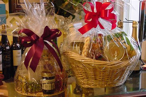 Handmade Gift Baskets - shopping alert craft fair november 16