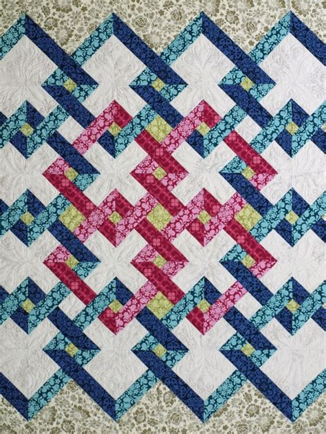 Patchwork Sydney - saguita quilts the gardens meet pattern found in