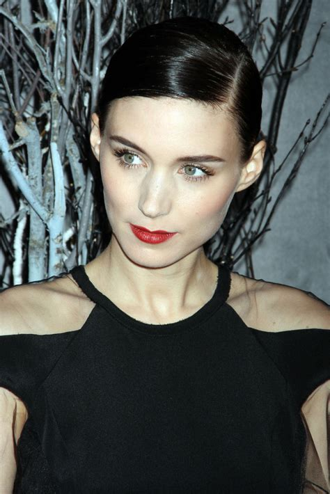 the girl with the dragon tattoo rooney mara rooney mara in the with the new york
