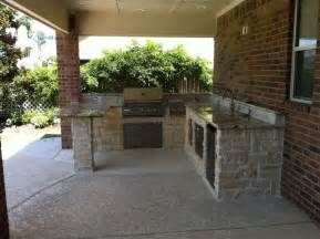 Patio Design Houston Outdoor Kitchens And Fireplaces Contemporary Patio Houston By Custom Patios